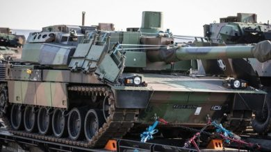 Photo of Incoming French troops' battle equipment arrives in Tapa
